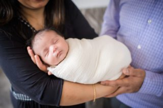 Downtown Chicago Newborn Photographer